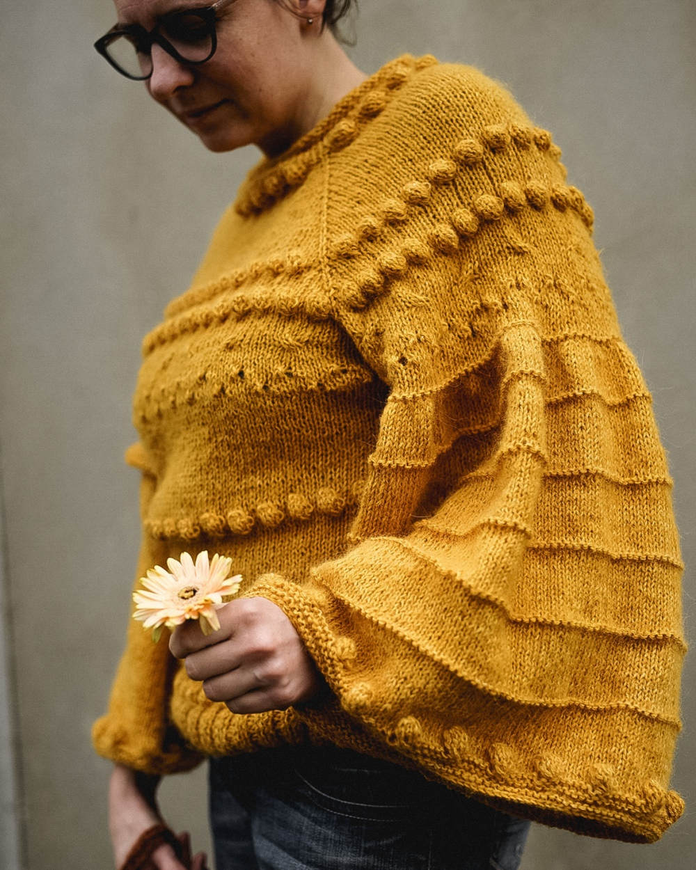 Art sweater
